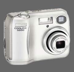 coolpix2200.jpg